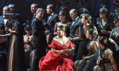 la-traviata-sahne-performans