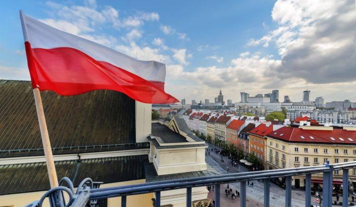 polonya gençlere vergi muafiyeti beyin göçü