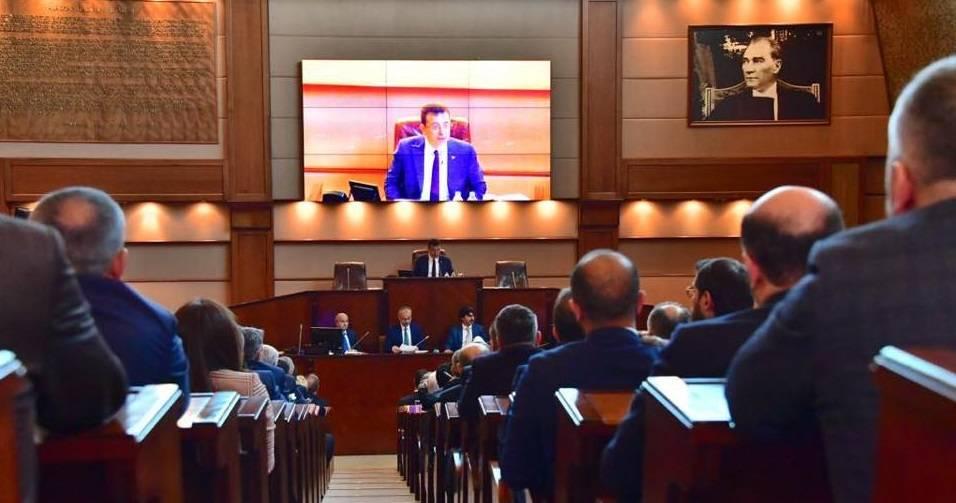 ibb meclisi ekrem imamoğlu veto belediye meclis toplantıları erteleniyor