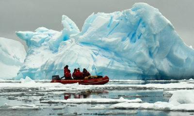 Antarktika'da Buz Kütleleri Kopmaya Devam Ediyor