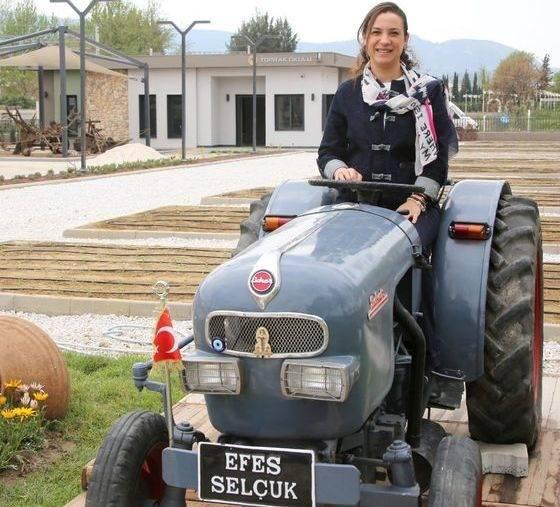 filiz ceritoglu sengel Efes tarlası yaşam köyü